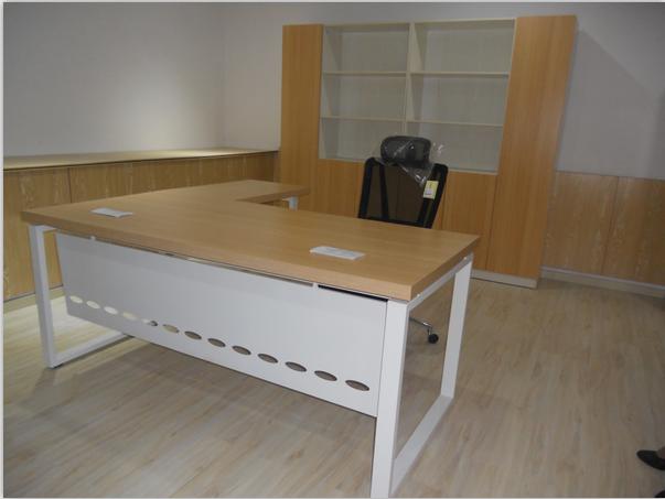 东莞办公家具订做办公桌